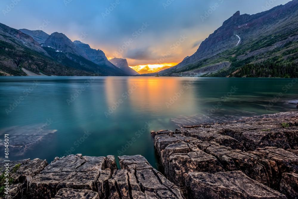 Fototapety, obrazy: sunset at St. Mary Lake, Glacier national park, MT