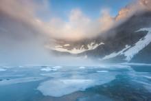 Dent Fog Over Iceberg Lake, Gl...
