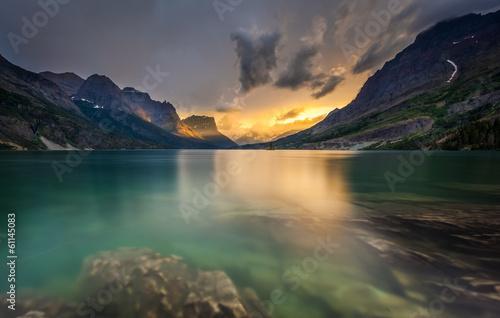Valokuva  last light at St. Mary Lake, Glacier national park, MT