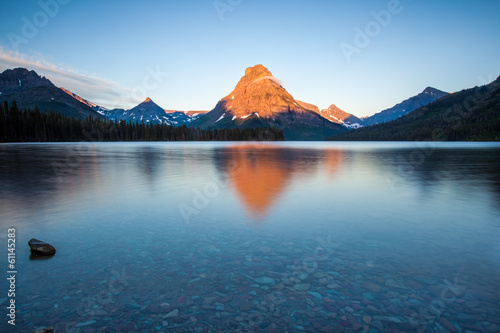 Spoed Foto op Canvas Natuur Park Two medicine lake, glacier national park, in the morning