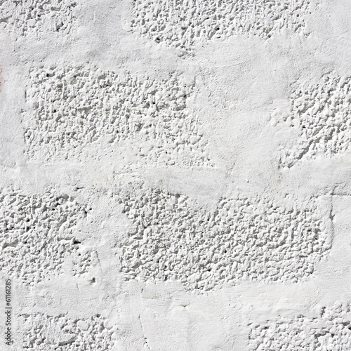 biala-pomalowana-sciana