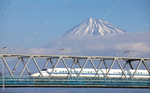 In de dag Japan View of Mt Fuji and Tokaido Shinkansen, Shizuoka, Japan