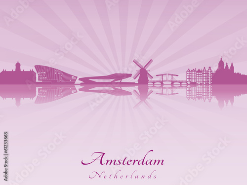 Photo  Amsterdam skyline in radiant orchid