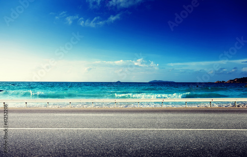 Foto auf Gartenposter Strand road and sea in sunset time