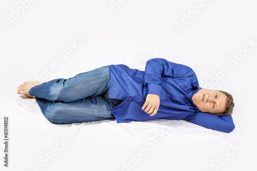 Fototapety, obrazy: attractive man sitting at the floor