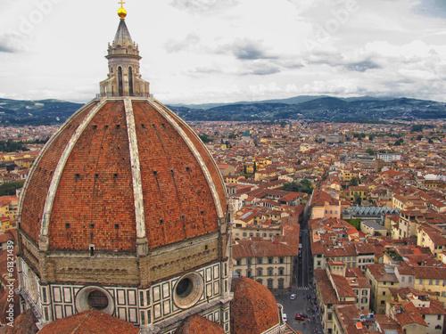Catedral de Santa Maria de Fiore (Il Duomo) y vista de Florencia