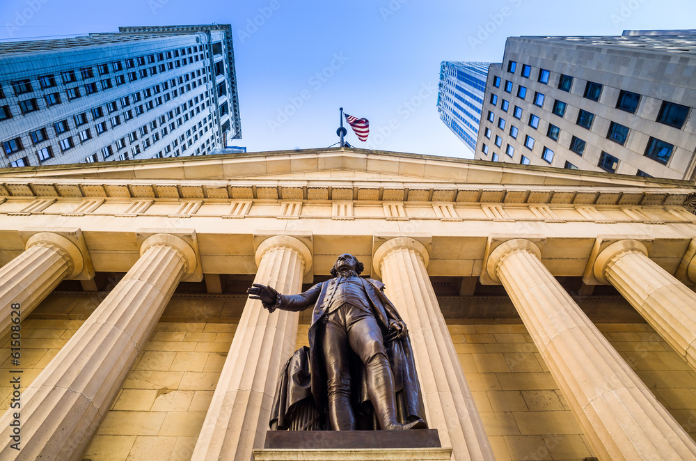 Fototapety, obrazy: Facade of the Federal Hall with Washington Statue on the front,