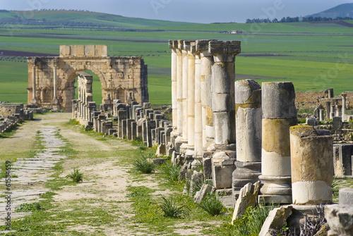Arc de Caracalla, Decumanus Maximus, Volubilis, Maroc