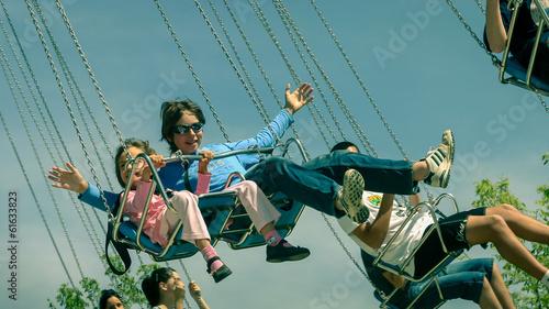 Foto  sur les balançoires volantes