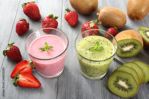 Foto op Plexiglas Milkshake frullato di frutta