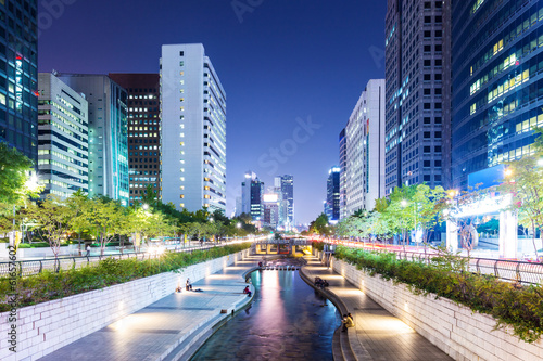 Photo  Cheonggyecheon in Seoul city