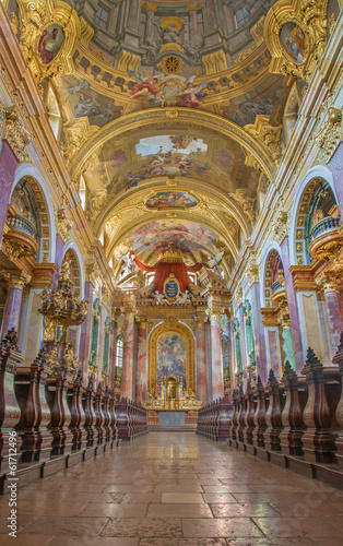 Vienna -  Nave of baroque Jesuits church. Canvas Print