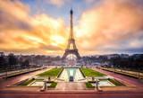Fototapeta Fototapety Paryż - Eiffelturm in Paris