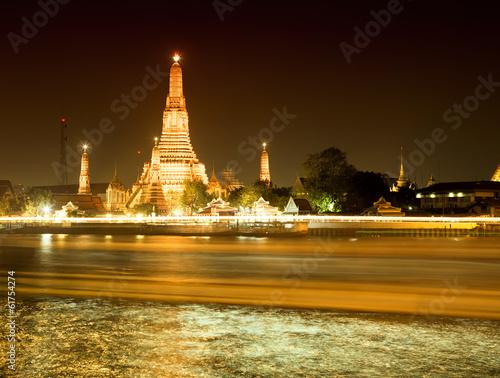 Photo  Wat Arun at night, Bangkok, Thailand