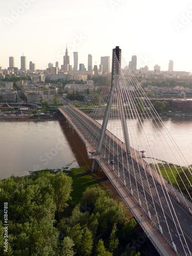 Подвесной мост (г. Варшава, Польша) © yuliya_archidiz