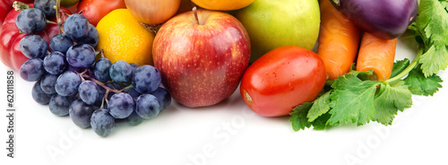 Keuken foto achterwand Verse groenten fruits and vegetables isolated on white background