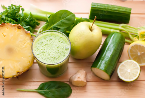 Foto op Plexiglas Sap healthy green detox juice