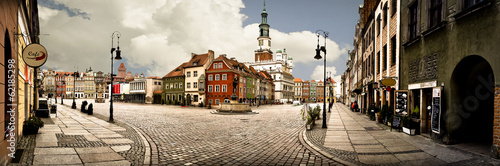Obraz Panorama Rynku Głównego w Poznaniu - fototapety do salonu