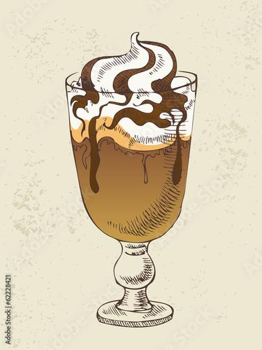 lody-z-kawowym-koktajlem-w-szkle
