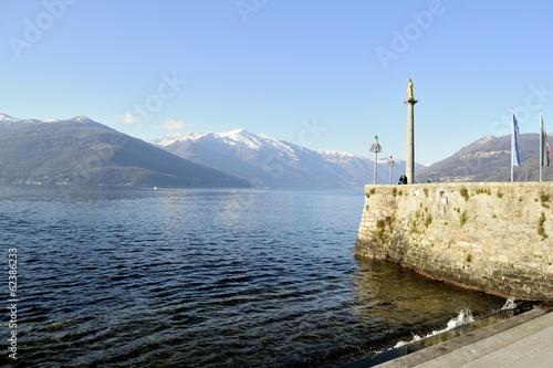 Valokuva View of Lago Maggiore from Luino