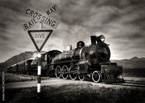 Plakaty czarno białe   steam-locomotive