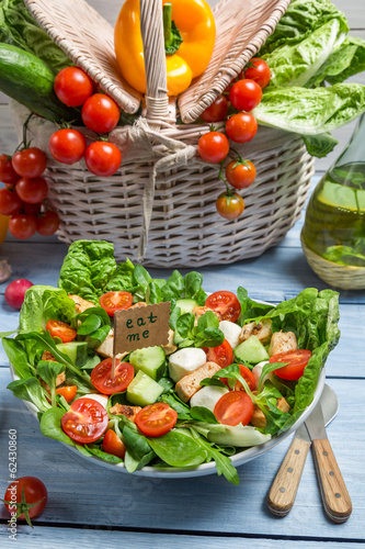 Fototapety, obrazy: Eat healthy fresh salad