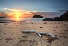 Sunrise Views To Lion Island