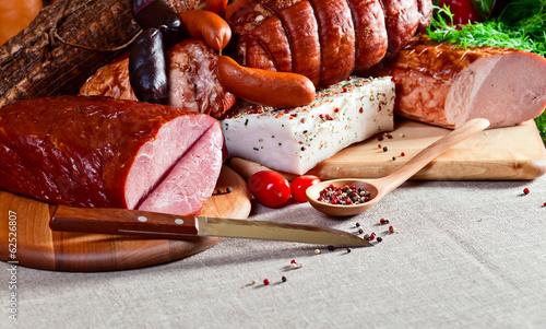 obraz lub plakat wędzone mięso