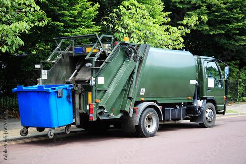 Fényképezés  garbage truck