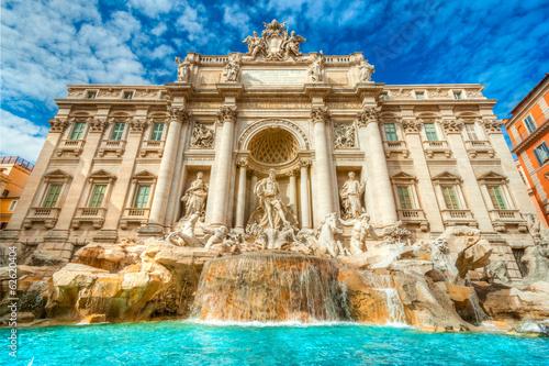 Photo The Famous Trevi Fountain , rome, Italy.