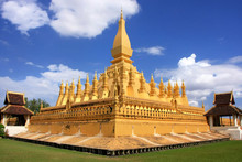Pha That Luang Stupa, Vientian...