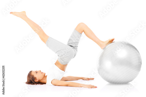 Photo  Woman and exercise ball