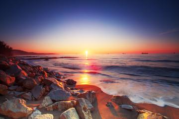 Obraz na SzkleSunrise over sea