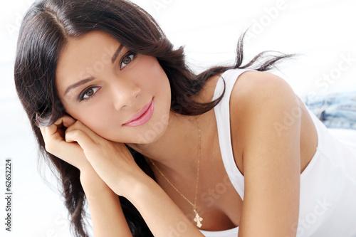 Fotografia, Obraz  Beautiful brunette on the floor
