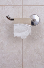 Empty Toilet Paper Holder