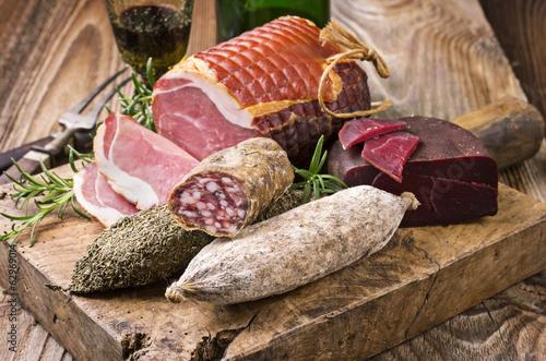 Salami und Schinken Fototapete