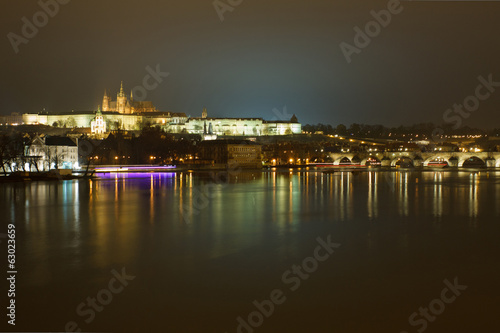 Canvastavla  Prague castle at night
