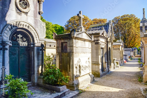 Foto op Canvas Begraafplaats Montmartre Cemetery in Paris