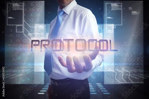 Fotografía  Businessman presenting the word protocol