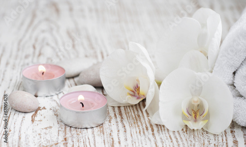 Poster Orchidée Spa set with white orchids