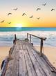 la playa cuando amanece