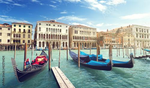 Türaufkleber Gondeln gondolas in Venice, Italy.