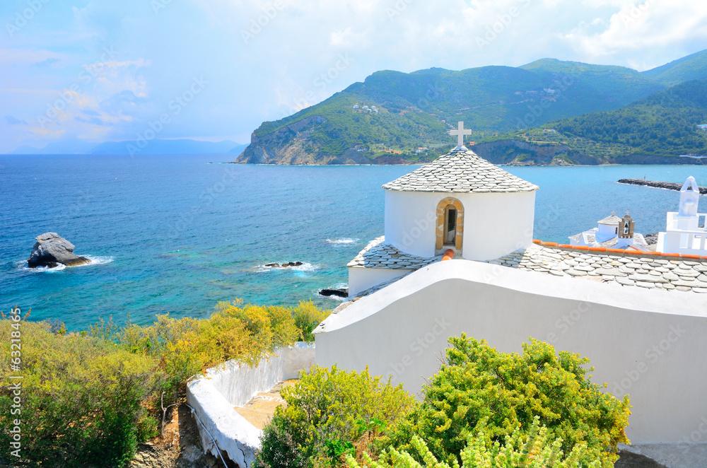 Fototapety, obrazy: Church above Skopelos, Greece