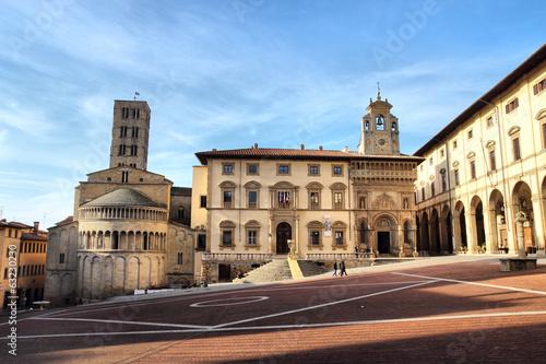 Photo Piazza Grande in Arezzo, Tuscany, Italy