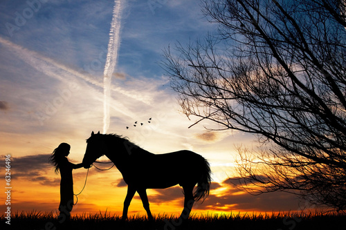 Photo  woman and horse
