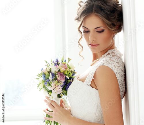Wedding. Beautiful bride Fototapeta