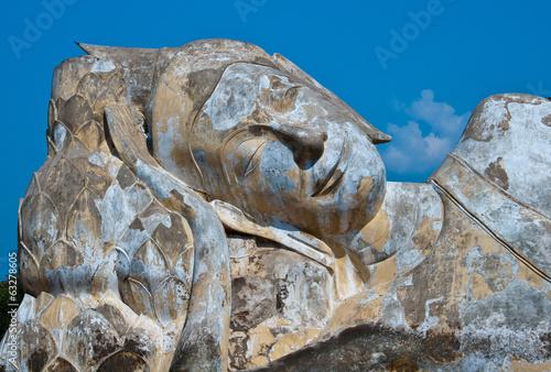 Spoed Foto op Canvas Bedehuis Reclining of buddha, Ancient temple Ayudhaya