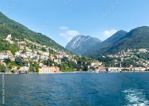 Keuken foto achterwand Landschap Town on Lake Como summer coast (Italy).