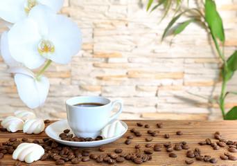 Fototapeta czarną kawę i ptasie mleczko