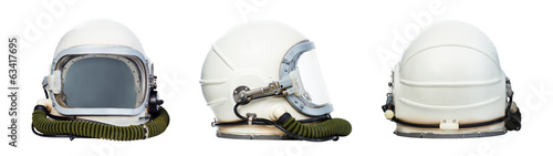 Photo Set of astronaut helmets isolated on a white background.
